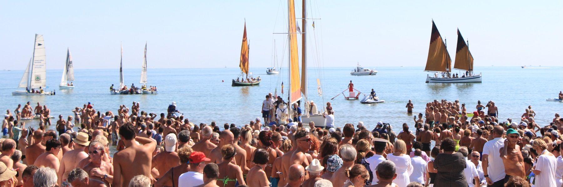 Cervia, der Strand liebt das Buch - Ferragosto mit den Autoren