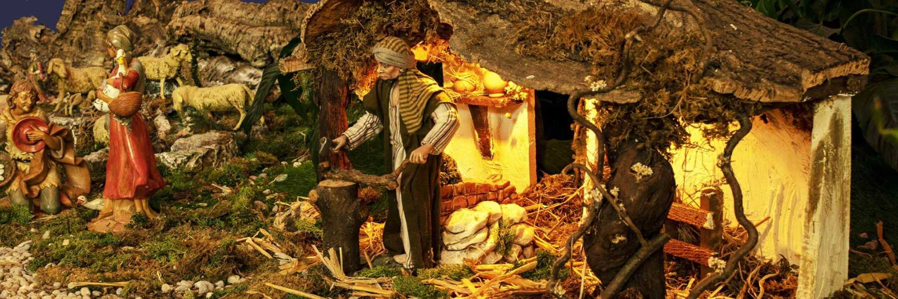 Mechanical Nativity scene