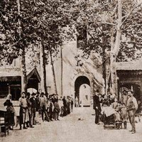 La Place Piazza Pisacane