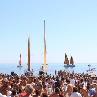 Cervia, la plage aime le livre - Mi-août avec les auteurs
