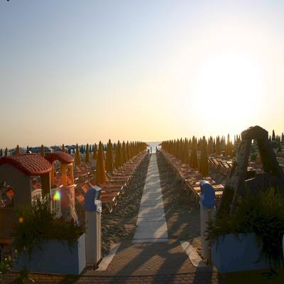 Pinarella,    Costa dei Pini bathing centre 75