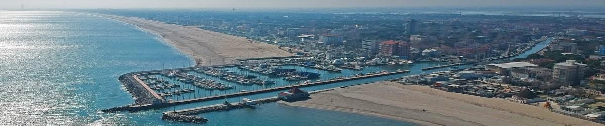 Panoramica su porto turistico