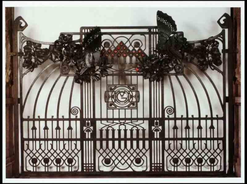 Mazzucotelli, cancello