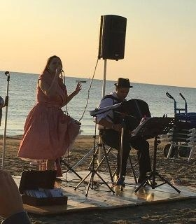 Albe musicali in riva al mare nella Riviera dei Pini