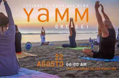 YAMM Festival, yoga in spiaggia