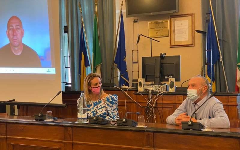 A Cervia conferenza stampa con Justine Mattera e Paolo Venturini