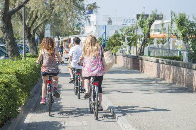 Bike experience, emozioni a 360°, pista ciclabile lungomare di Cervia - Ph. Marco Anconelli Artimmagine