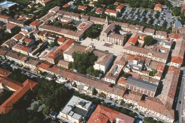 Il quadrilatero (Das Viereck)