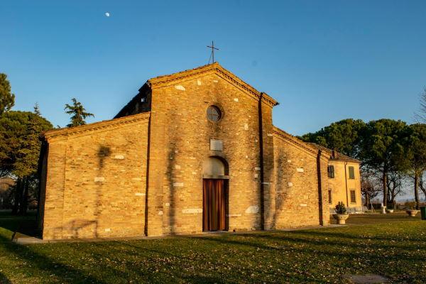 External facade of the Pieve di S.Stefano, Pisignano - Ph. Alberto Bruno Arpini