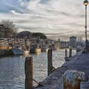 Porto canale, diurna