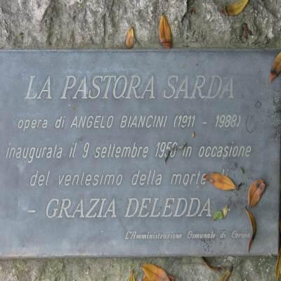 Plaque à Grazia Deledda