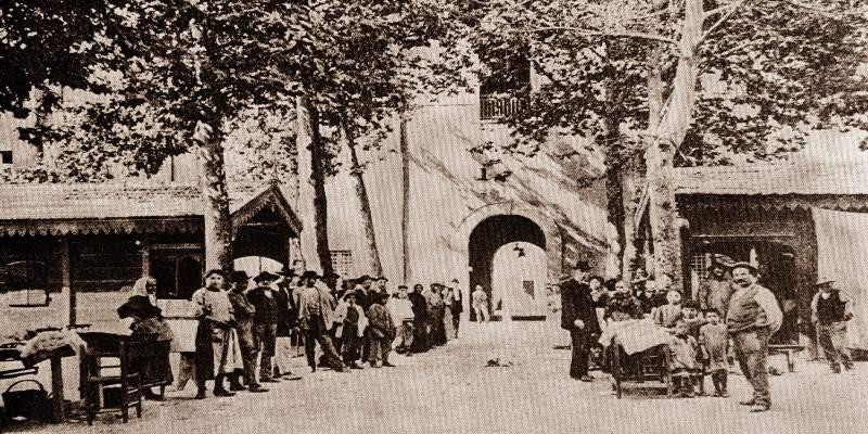 Photographie historique de la Piazza Pisacane