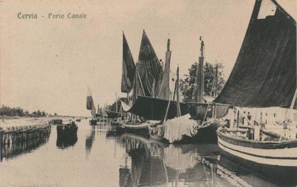 Porto canale, foto storica  - Ph. Collezione di Gabriele Bernabini