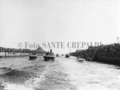 Porto canale affollato - Ph. Sante Crepaldi