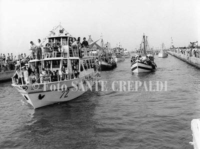 Il rientro delle imbarcazioni - Ph. Sante Crepaldi