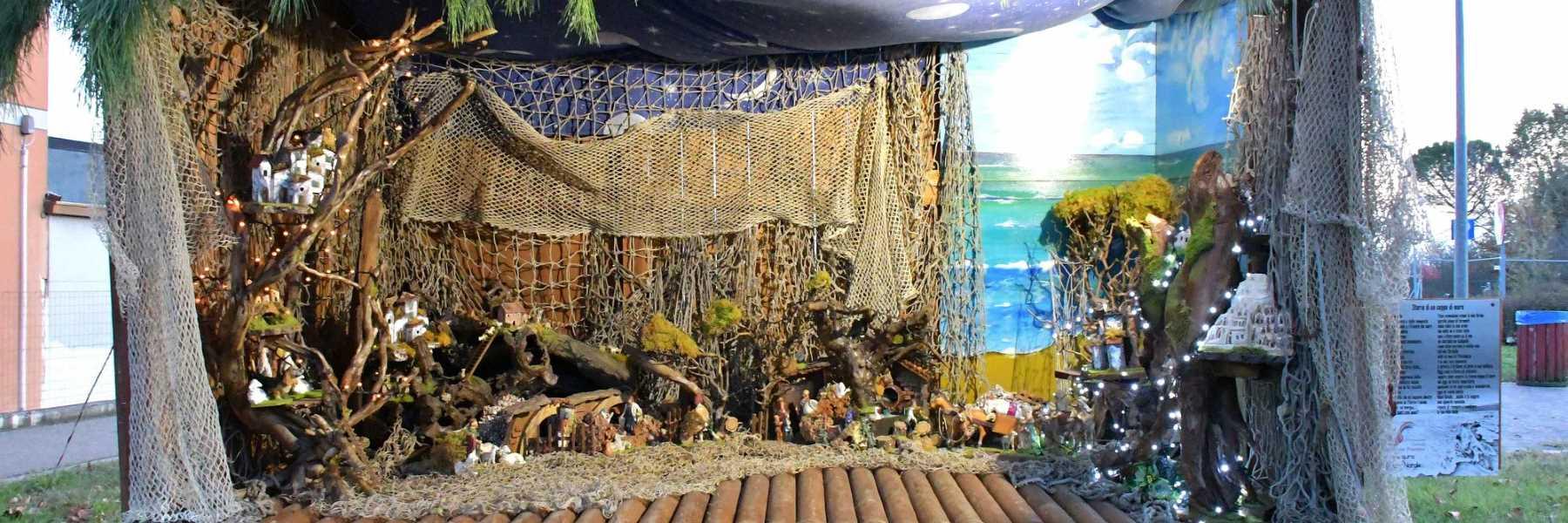 Presepe sui tronchi di mare a Pisignano