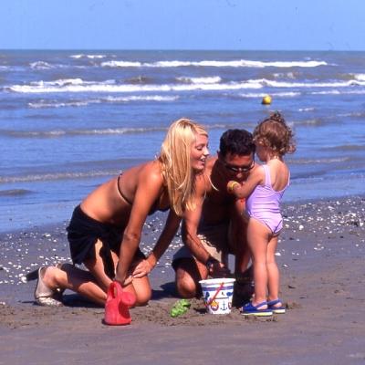 Sulla spiaggia - PINARELLA - 400x400px