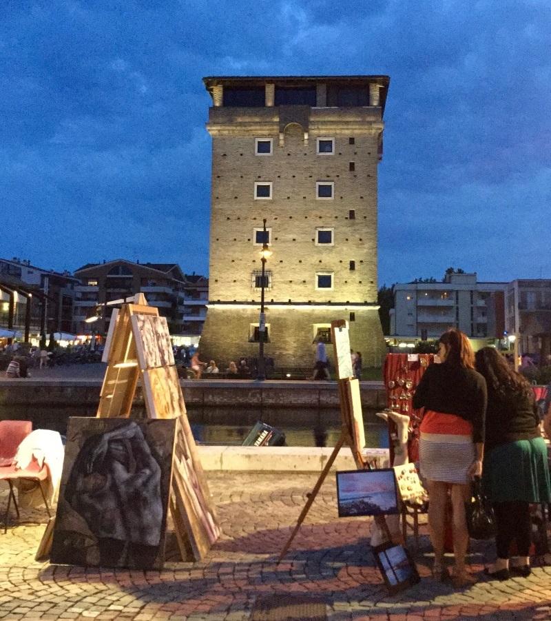 Festival delle arti, Piazzale e Torre