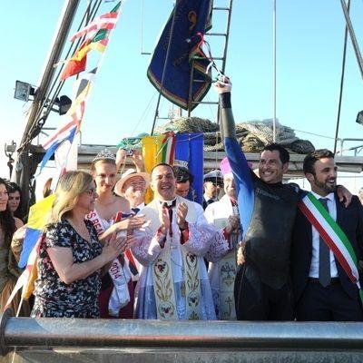Sposalizio del mare, Pescatore dell'anello con Vescovo e Sindaco