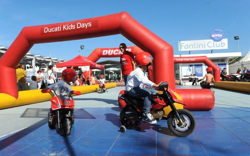Motors Beach Show, moto Ducati kids