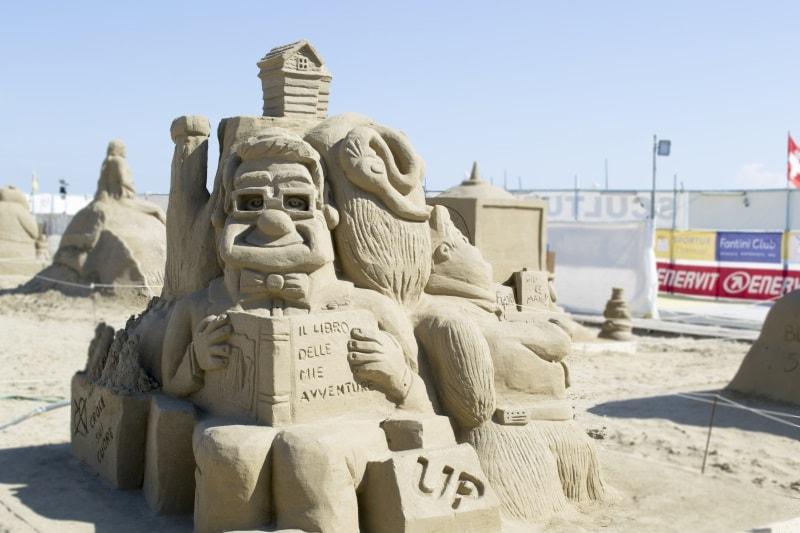 Sculture di sabbia - 2016 - 4° posto - 800-opt90