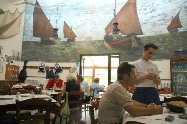 Serate gastronomiche Circolo Pescatori La Pantofla, interno