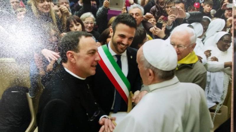 Il cammino del sale, sale al Papa