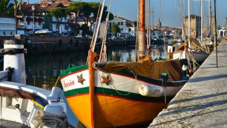Porto canale - pescherecci - Angela Raggi 450x255