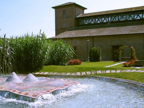 Fontana Il Tappeto Sospseso