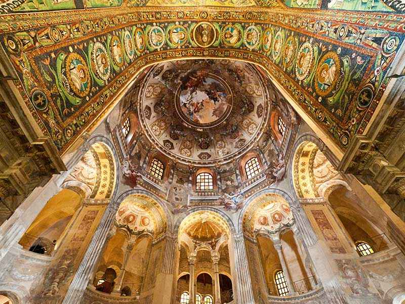 Ravenna mosaici di notte