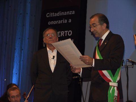 Roberto Vecchioni, cittadinanza onoraria